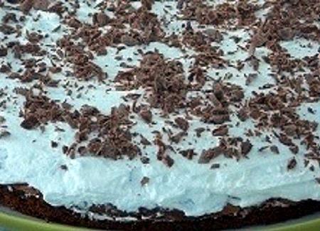 Torta di cioccolato con nutella e panna