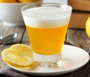 Gelatina di frutta al limone