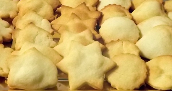 Biscotti al parmigiano natalizi